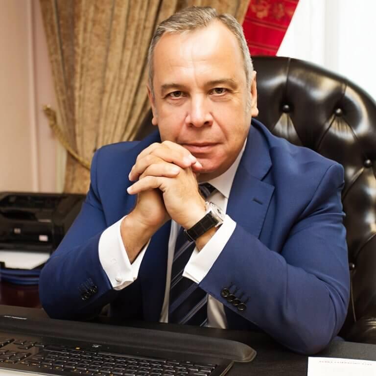 Безпечне схуднення за методом доктора Ковалькова — провідного дієтолога Москви за версією «Forbes». Втрата ваги за весь період — до 50 кг