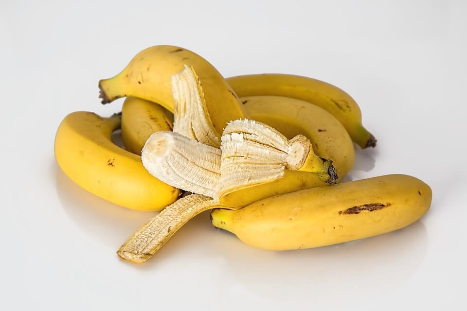 Чи можна поправитися від фруктів?