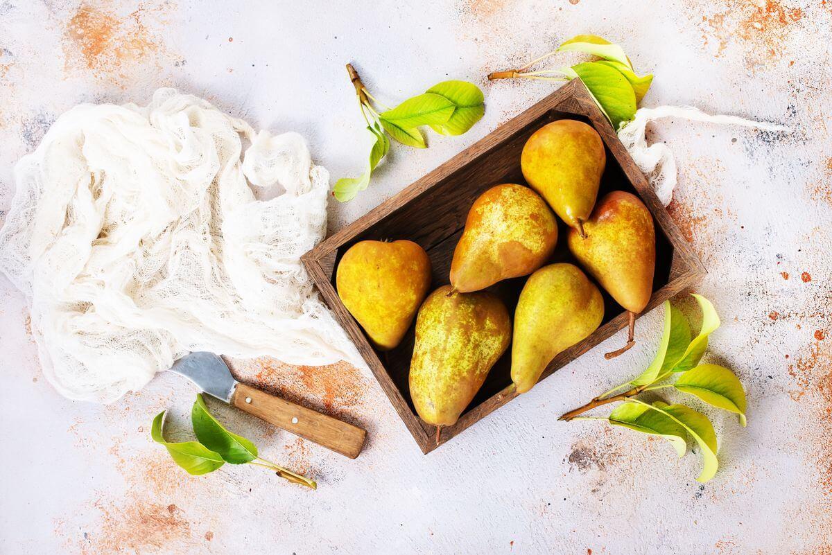 Печені груші — десерт з користю для фігури