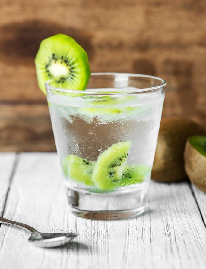 Як правильно пити воду, щоб схуднути