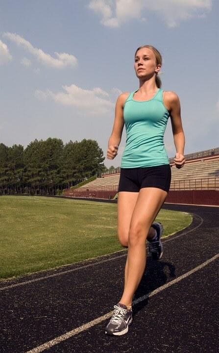 Біг або ходьба: що краще для схуднення?