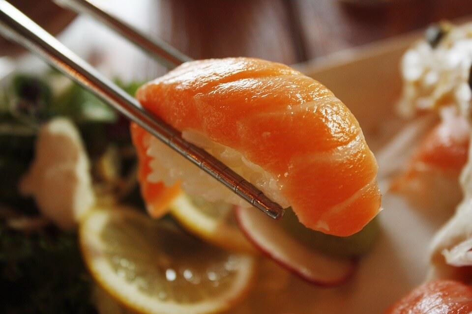 9 продуктів, які помилково вважають дієтичними