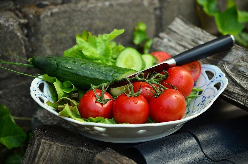 Пісний овочевий салат для схуднення — піде до 4 кг за тиждень