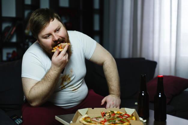 Ожиріння крокує по країні. Чому повніють росіяни?