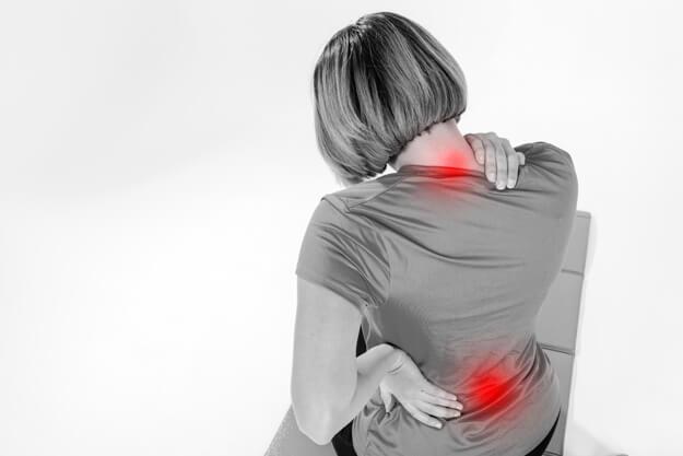 Чому болить спина: 5 неочевидних причин